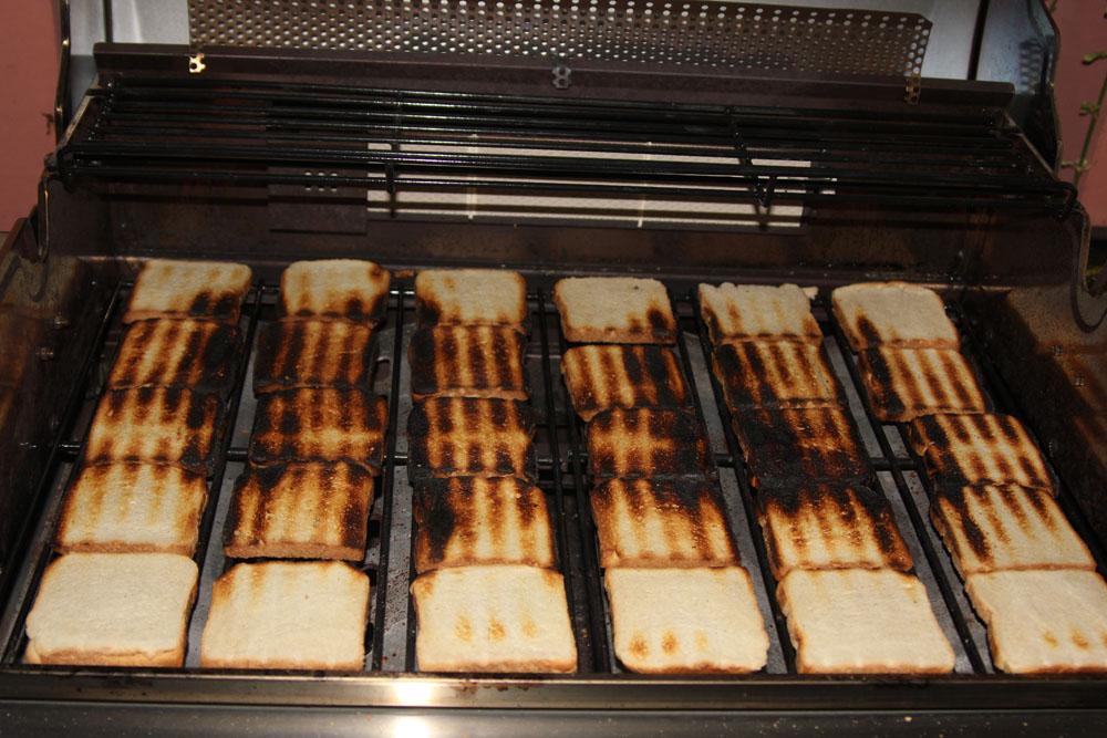 Weber Gasgrill Q3000 Test : Toastbrottest zur bestimmung der hitzeverteilung beim gasgrill