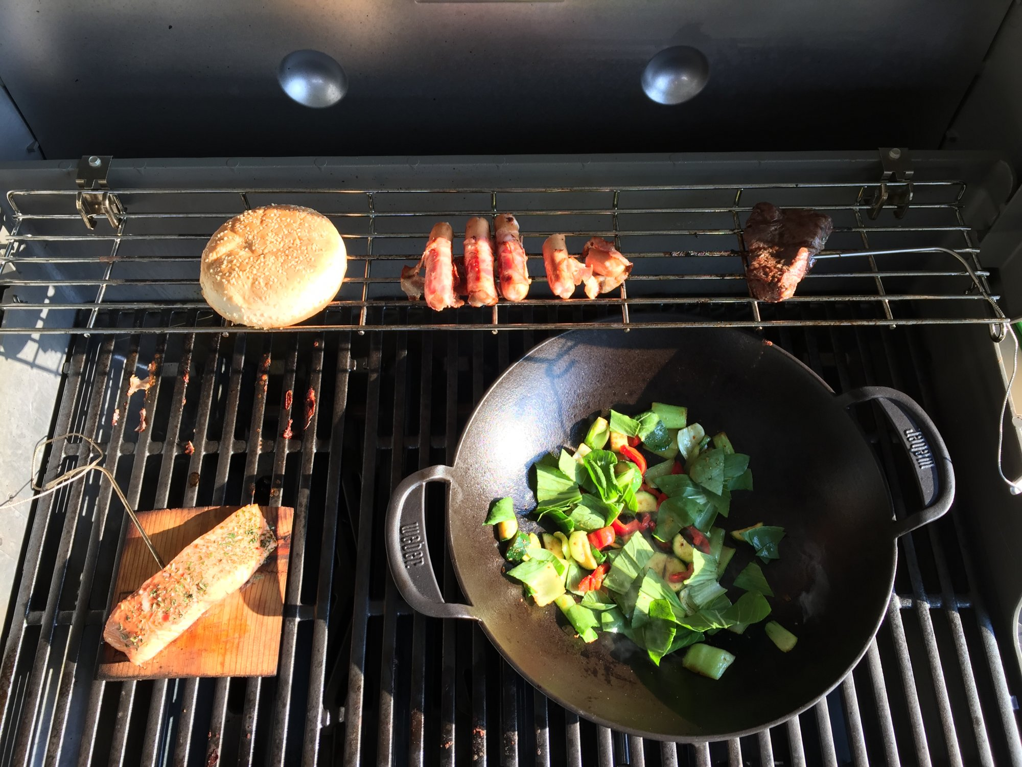Enders Gasgrill Wok : Weber grill wok attachment all products weber original gourmet