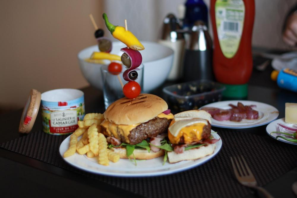 K1600_burger7.jpg