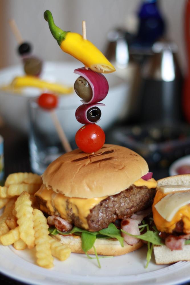 K1600_burger8.jpg
