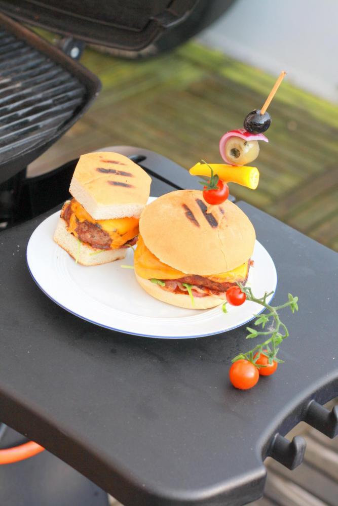 K1600_burger9.jpg