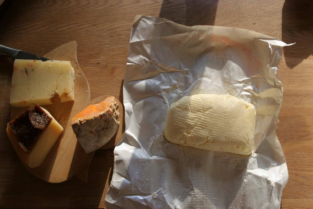 Käse und Butter.jpg
