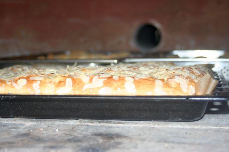 Kuchen im Ofen.jpg