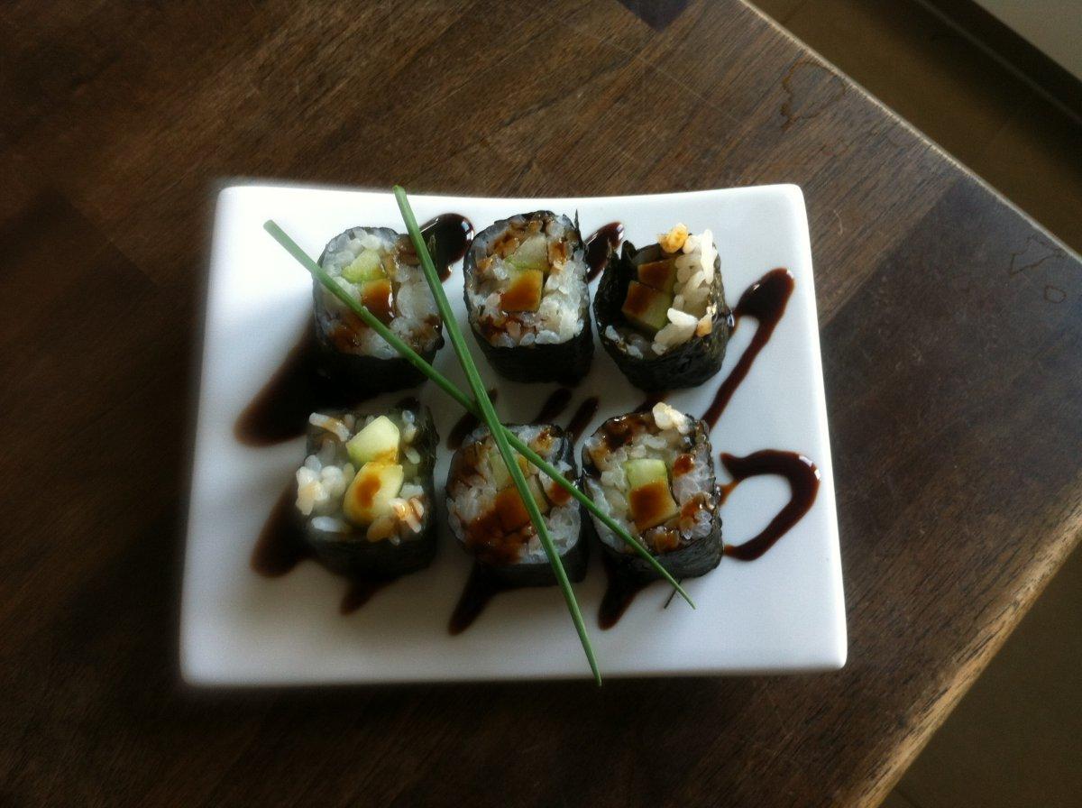Maki Sushi.JPG