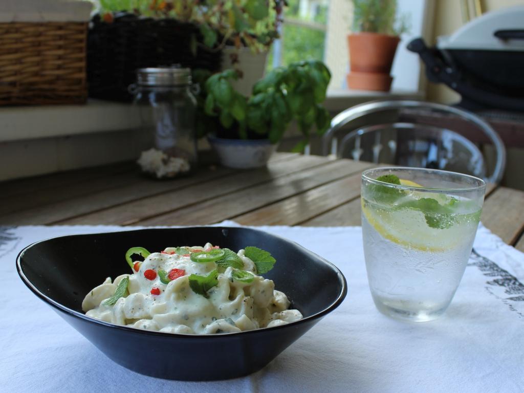 Nudelsalat-mit-Joghurt-und-Minze_Side.jpg