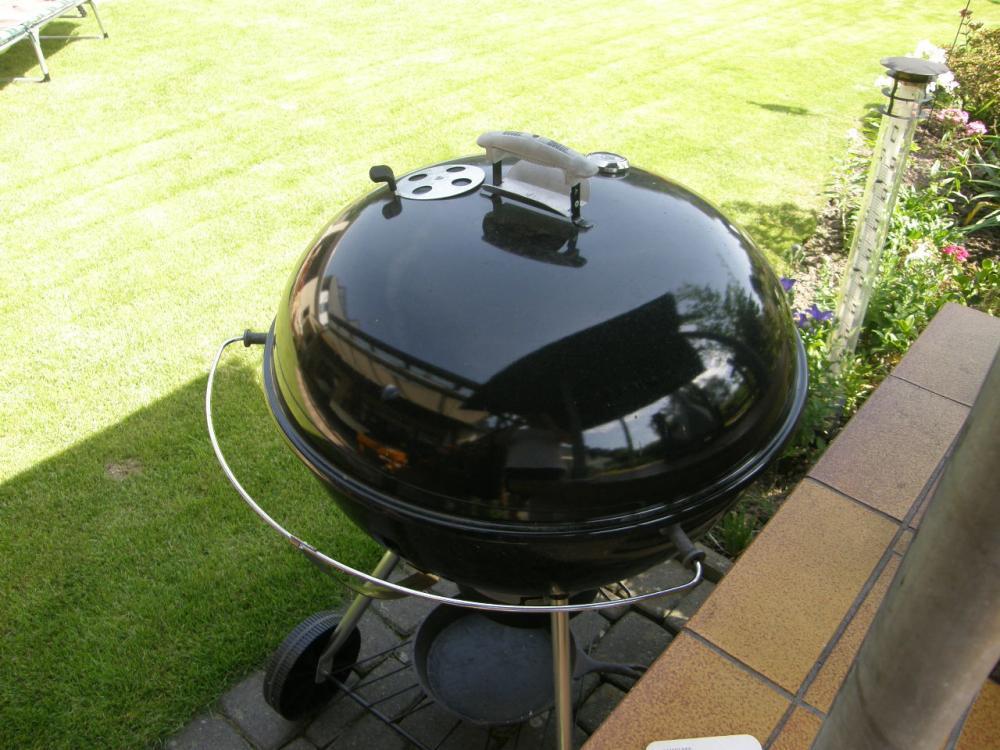 verkaufe weber 67 mit original smokenator und hovergrill und dem cig 67 grillforum und bbq. Black Bedroom Furniture Sets. Home Design Ideas