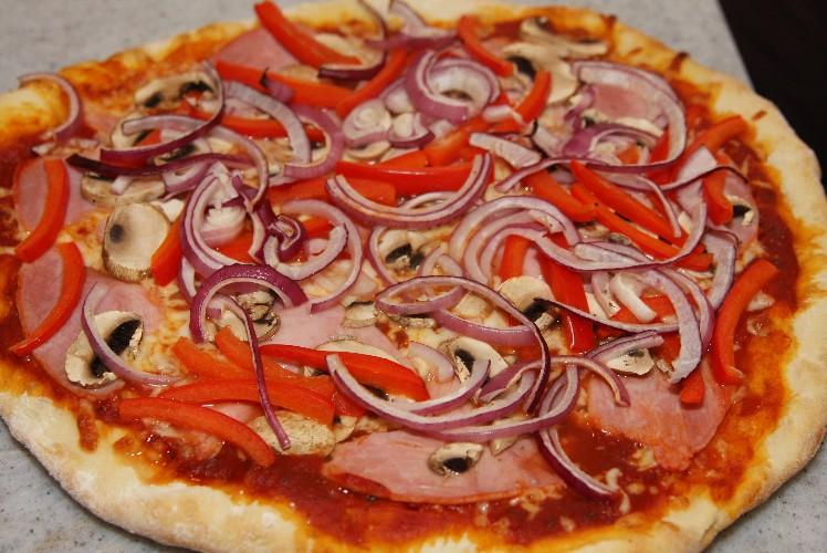 Pizza 01Mai2010_10.JPG