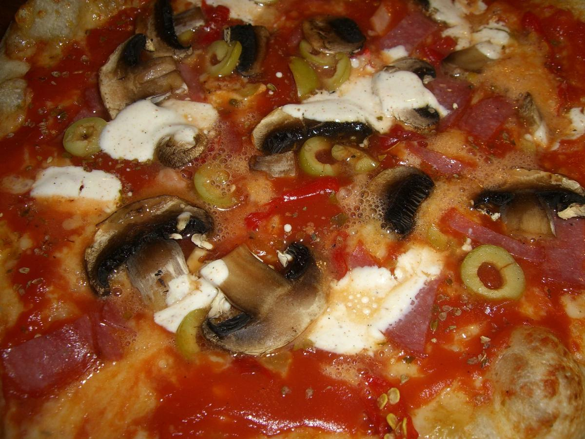 Pizza 24.jpg