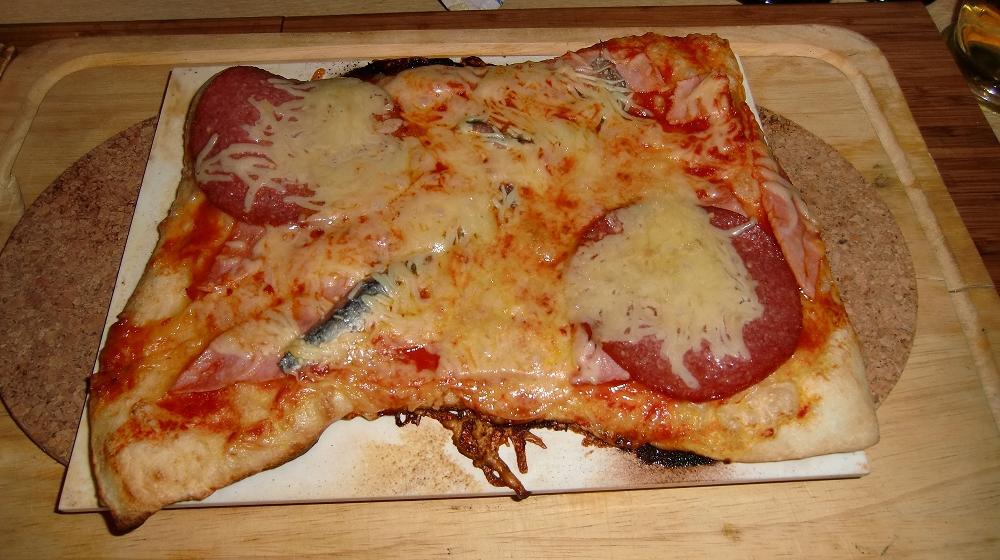 Pizza aus der Kugel (10).JPG