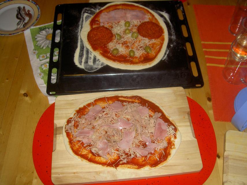 Pizza von Wookies belegt.jpg
