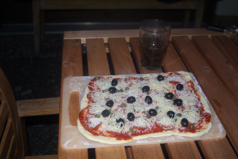 Pizza_roh.jpg