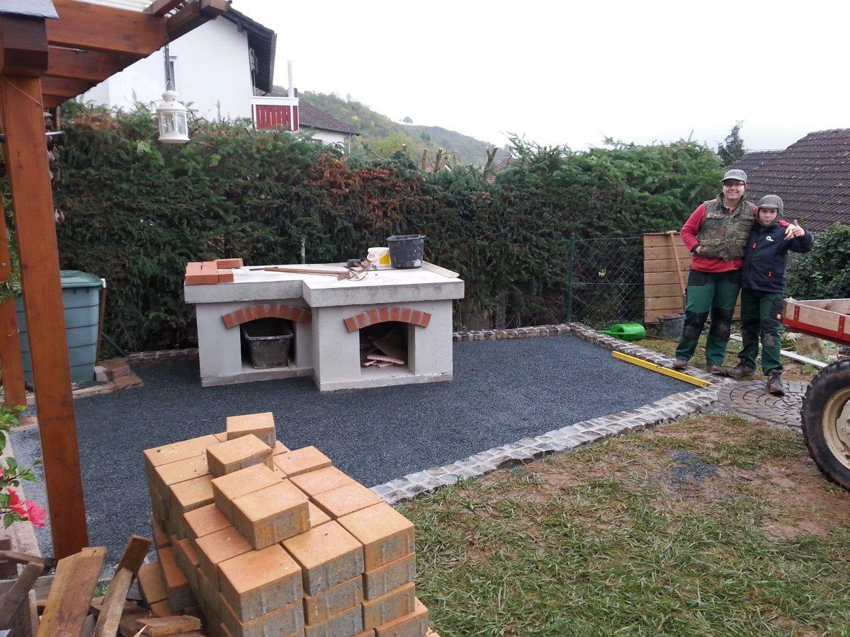 Pizzaofen Bau Bild (44).jpg