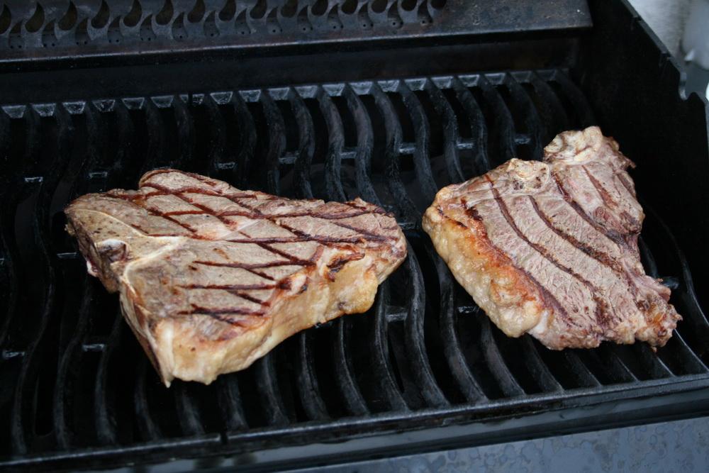 porterhouse-steaks-5.jpg