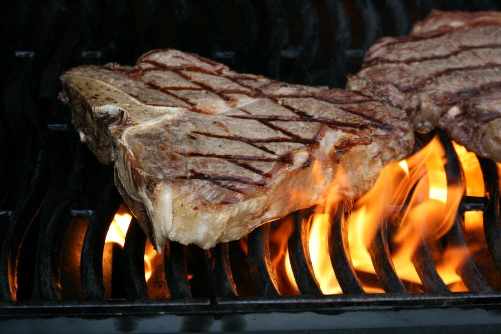 porterhouse-steaks-7.jpg