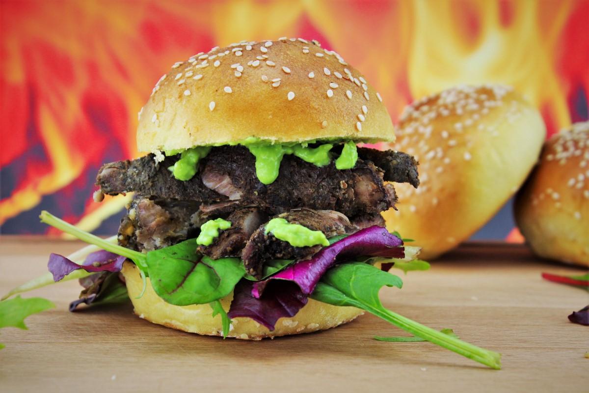 Rib Burger angerichtet.JPG