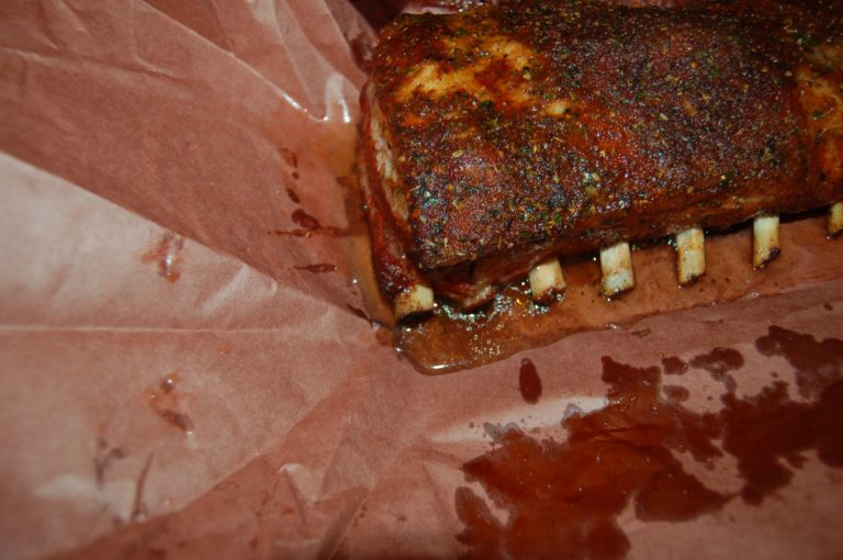 Ribs-ButcherPaper-Royal-Spice-10-768x510.jpg
