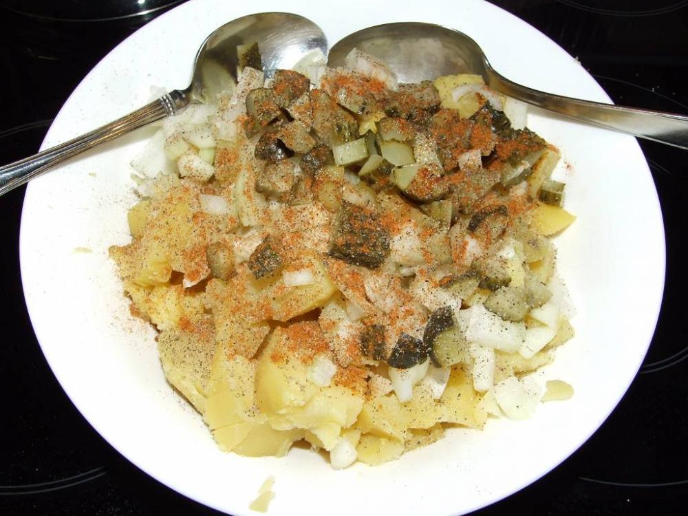 kartoffelsalat wochenende omas kartoffelsalat mit w rstchen grillforum und bbq www. Black Bedroom Furniture Sets. Home Design Ideas