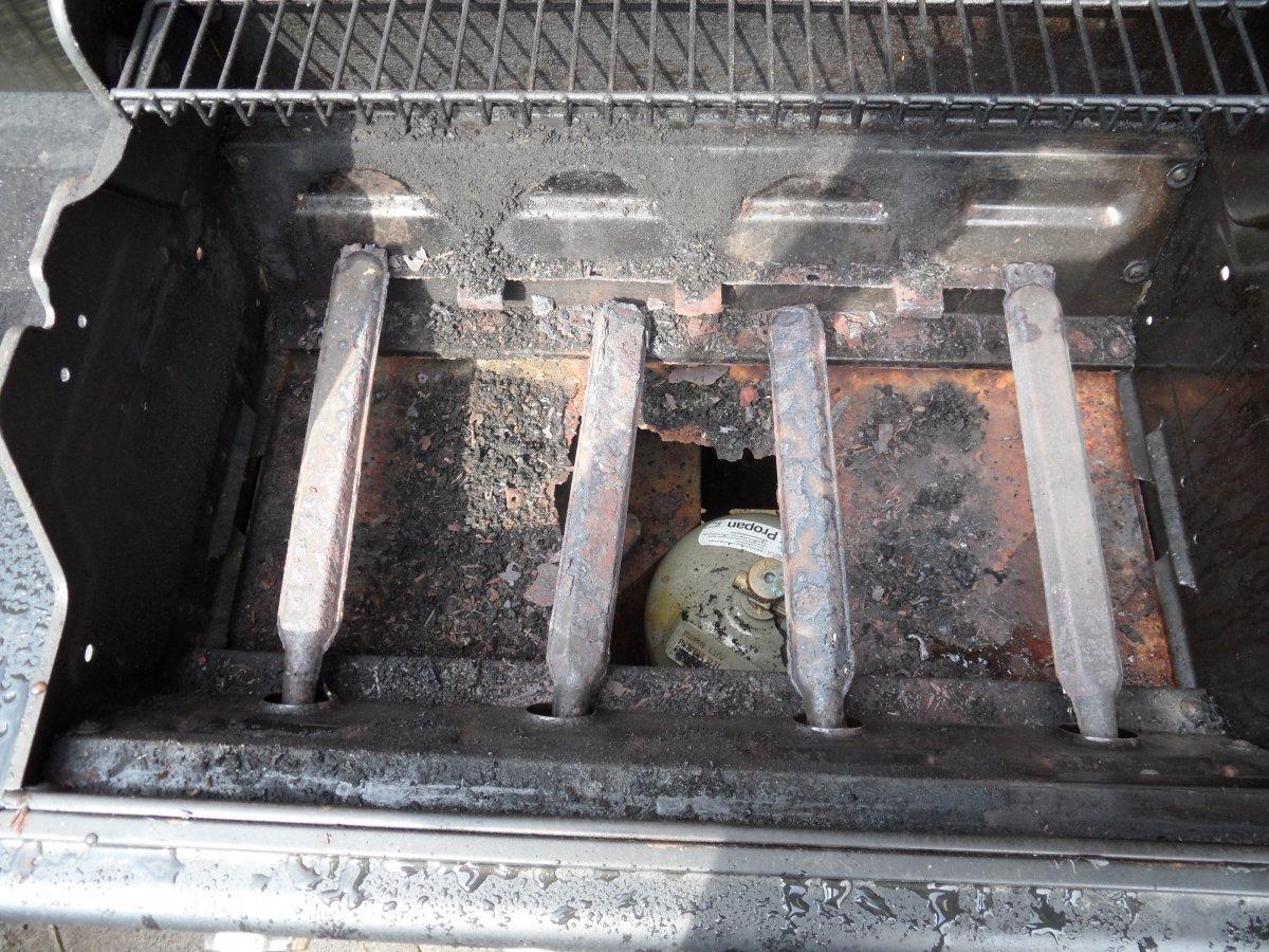 Ersatzteile Für Gasgrill Outdoorchef : Outdoorchef canberra löst sich in wohlgefallen auf grillforum und