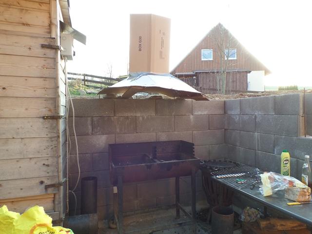 rauchabzug ber grill grillforum und bbq. Black Bedroom Furniture Sets. Home Design Ideas