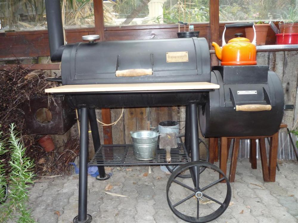 smoker36 (Large).jpg