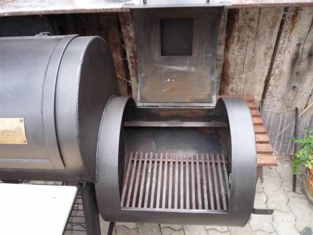 smoker40 (Large).jpg