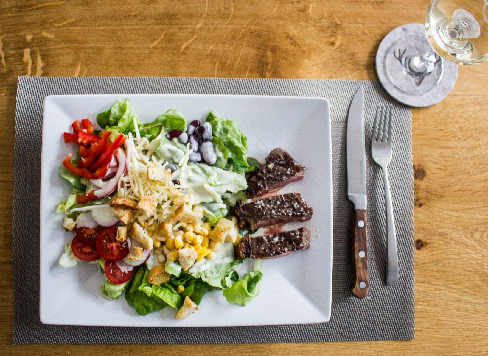 Steak Salad-2684.jpg