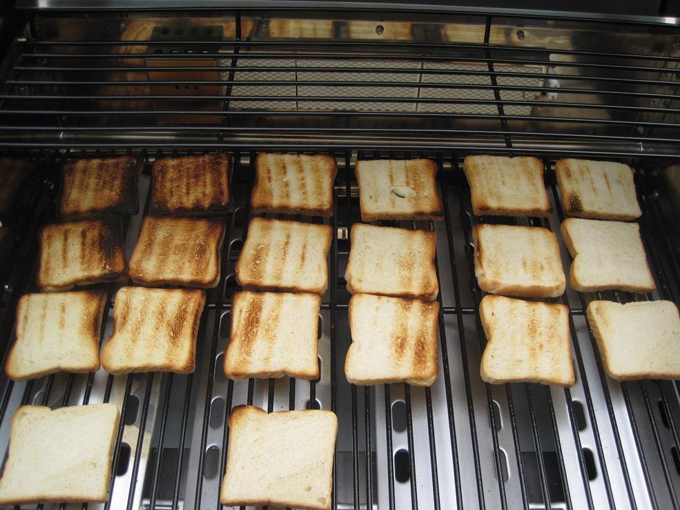 Santos Gasgrill Duo Test : Toastbrottest zur bestimmung der hitzeverteilung beim gasgrill