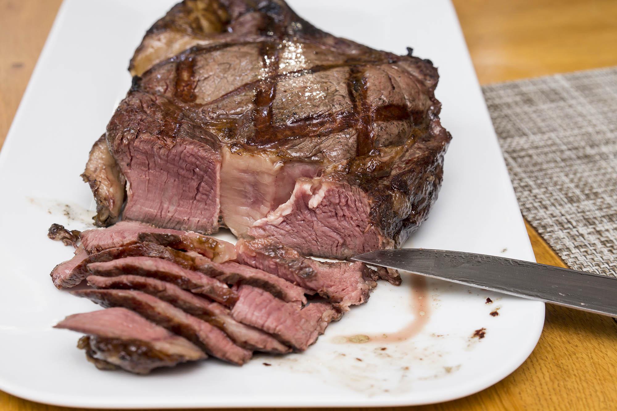 Tomahawk Steak 01 - 008 klein.jpg