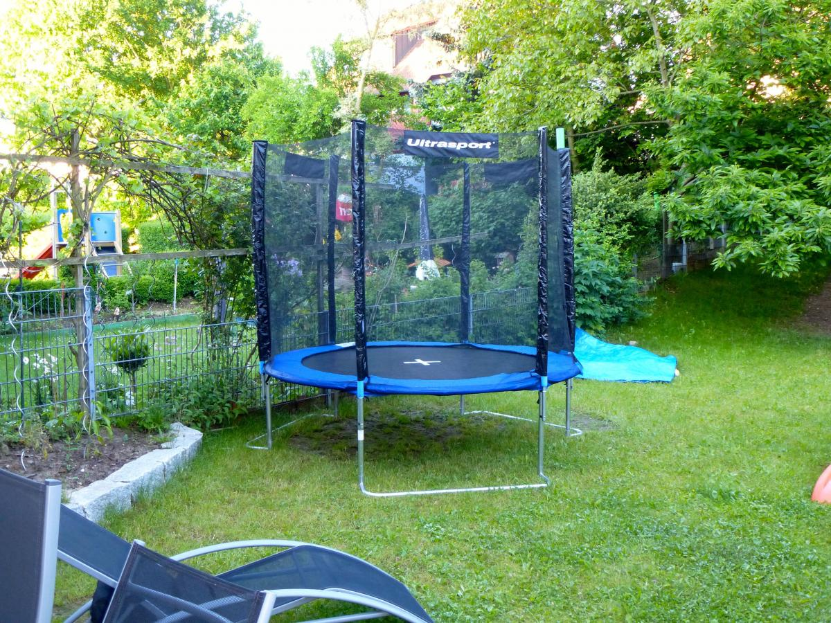 kaufempfehlung gartentrampolin grillforum und bbq. Black Bedroom Furniture Sets. Home Design Ideas