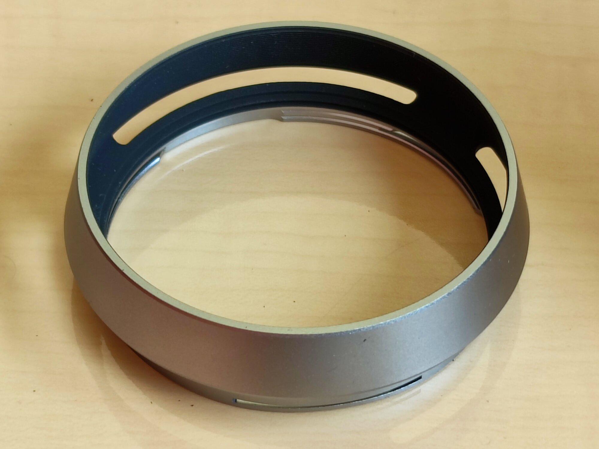 X100 - 04 - Lens Hood 2.jpg