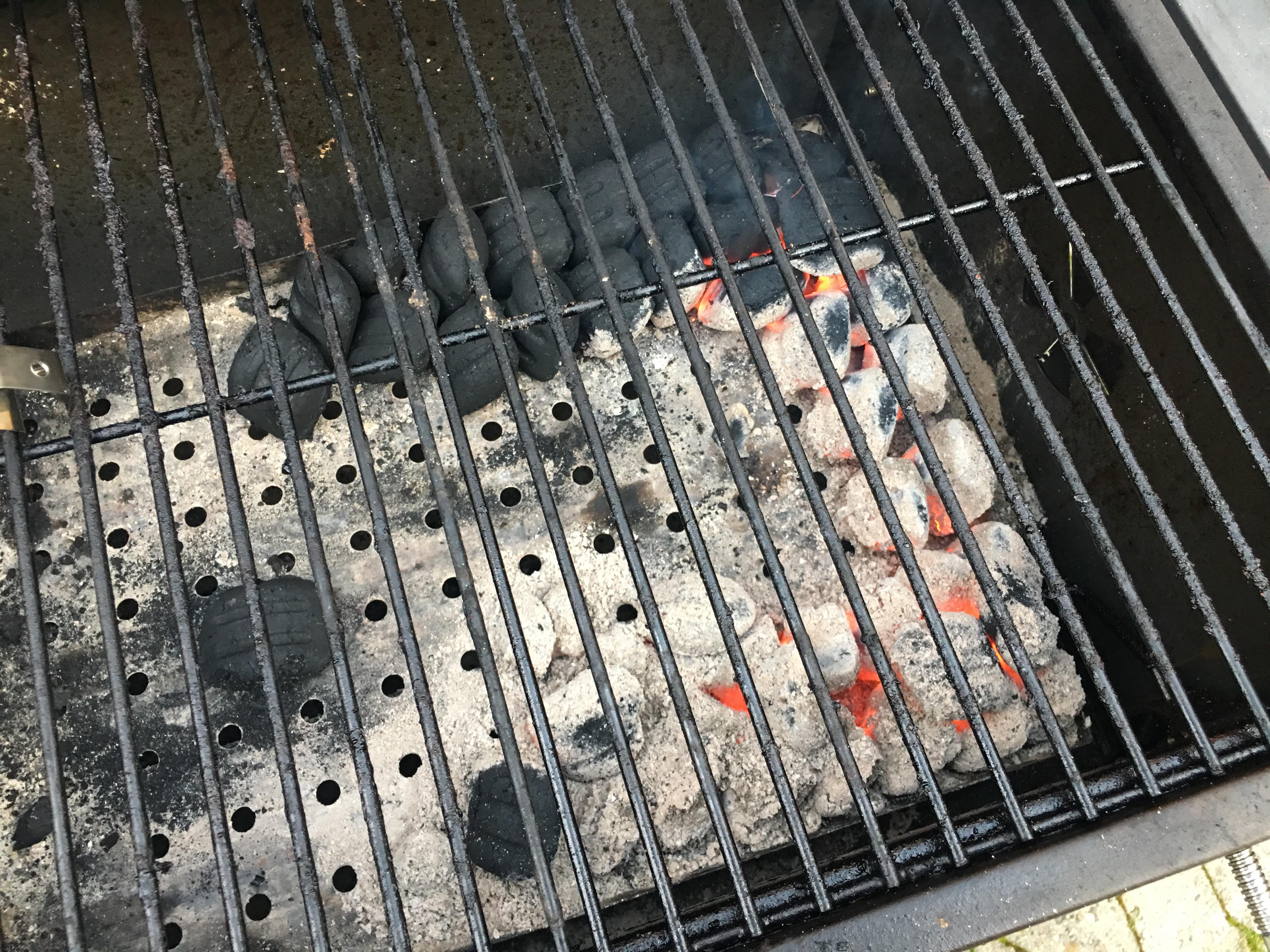 Tepro Toronto Holzkohlegrill Indirektes Grillen : Schwierigkeiten mit konstanter temperatur minionring auf billig