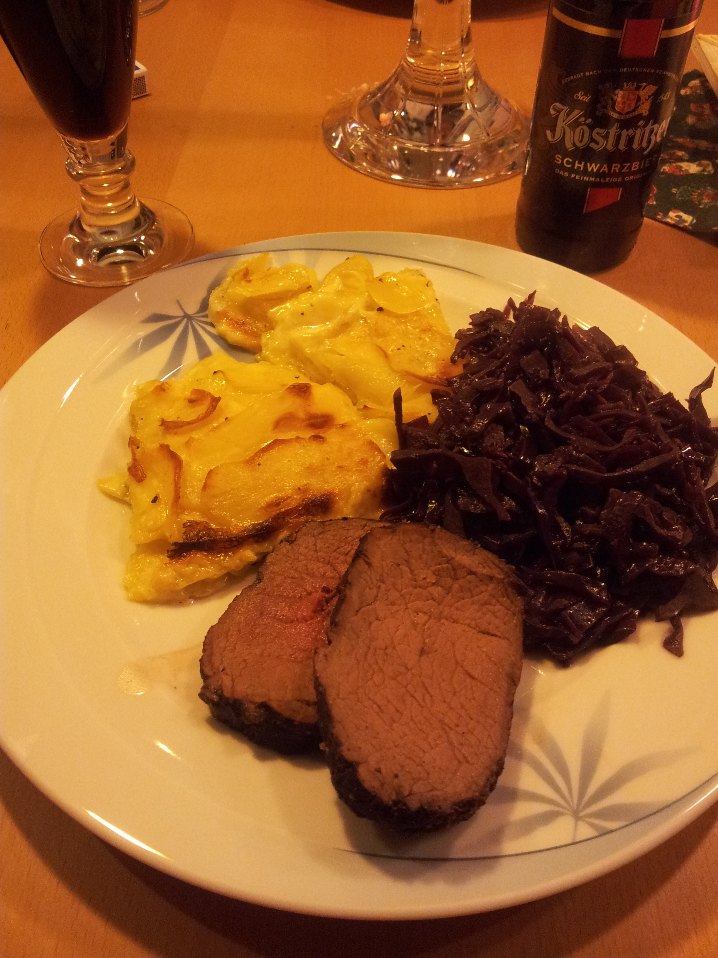 Rezept Hirschrücken Gegrillt Mit Glühwein Moppsauce