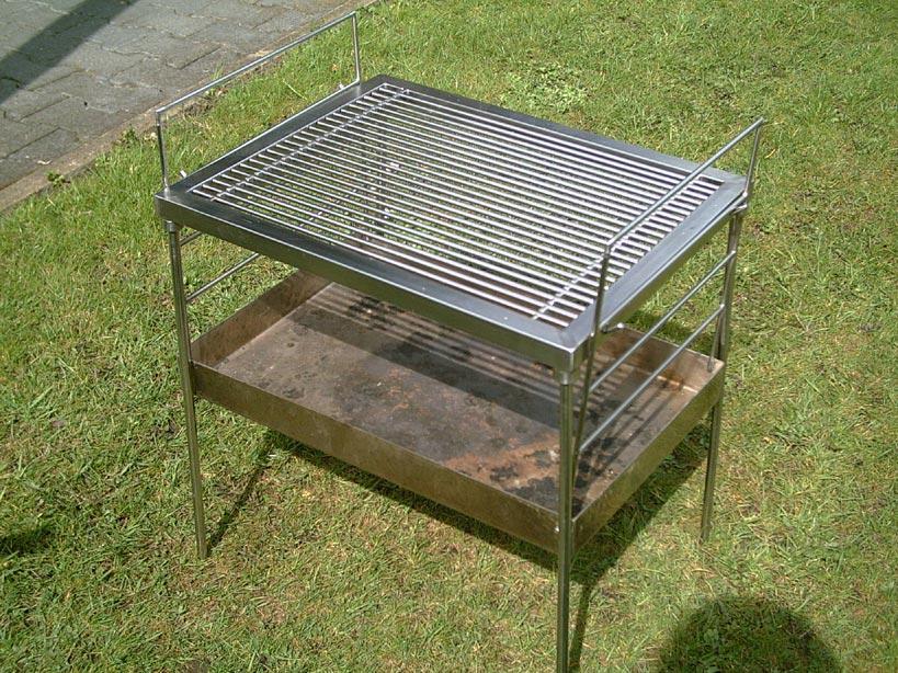 mein kleiner grill brauche tips f r zuk nftige projekte grillforum und bbq www. Black Bedroom Furniture Sets. Home Design Ideas