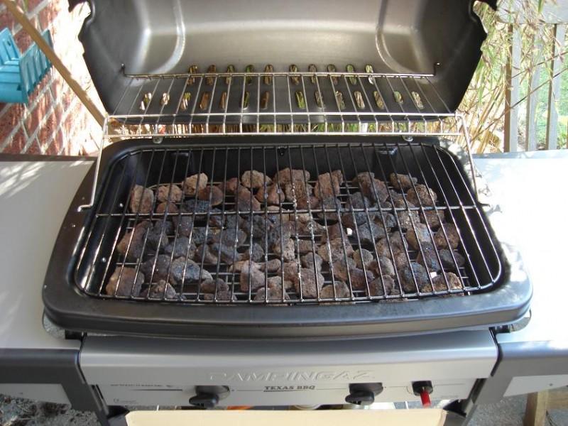 Bbq Gasgrill Aldi Hersteller : Enders bbq gasgrill boston black ik gas grill