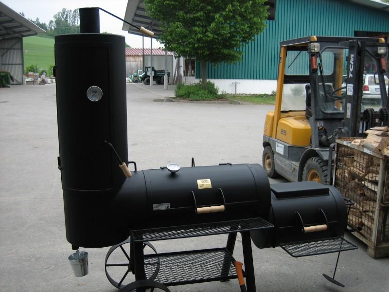 unser neuer joe s bbq smoker 16 chuckwagon grillforum. Black Bedroom Furniture Sets. Home Design Ideas