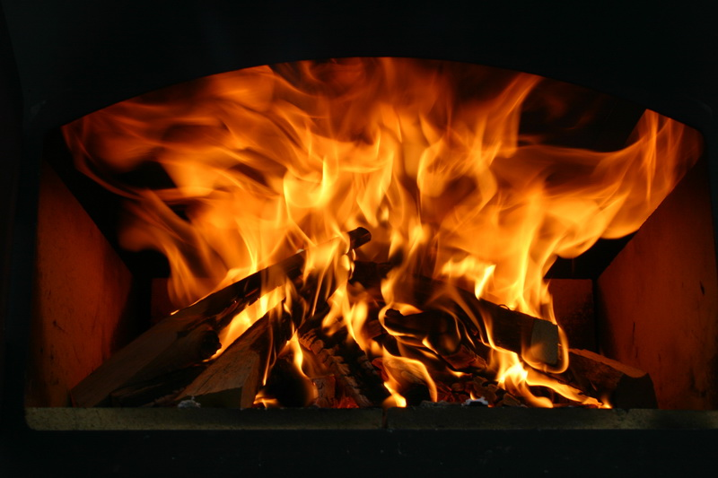 mein erster flammkuchen aus dem ramster grillforum und bbq. Black Bedroom Furniture Sets. Home Design Ideas