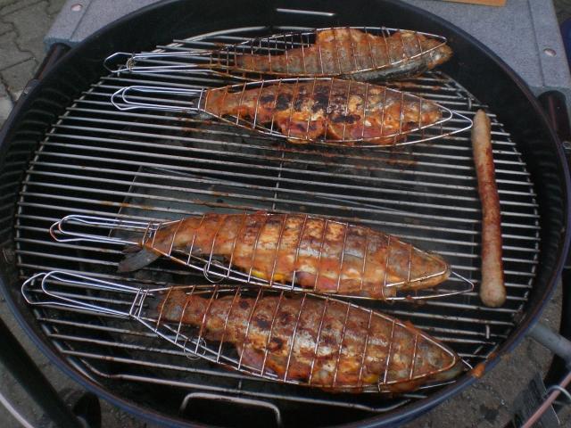 Fisch Grillen Weber : fisch grillen fisch grillen einebinsenweisheit ~ Buech-reservation.com Haus und Dekorationen