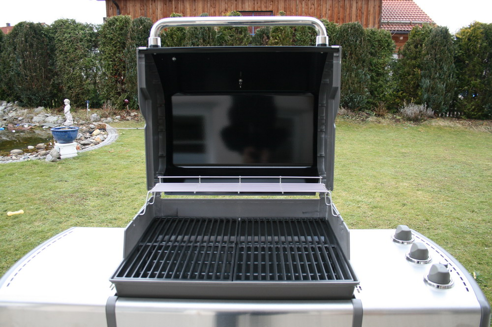 weber grill covers weber barbecue weber 57 cm castorama trying to find the correct cover for. Black Bedroom Furniture Sets. Home Design Ideas