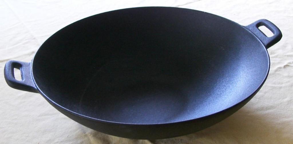gusseisen wok abgestaubt grillforum und bbq. Black Bedroom Furniture Sets. Home Design Ideas