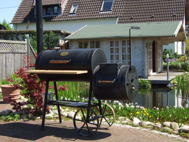 kr ma t smoker im pfingsteinsatz grillforum und bbq. Black Bedroom Furniture Sets. Home Design Ideas