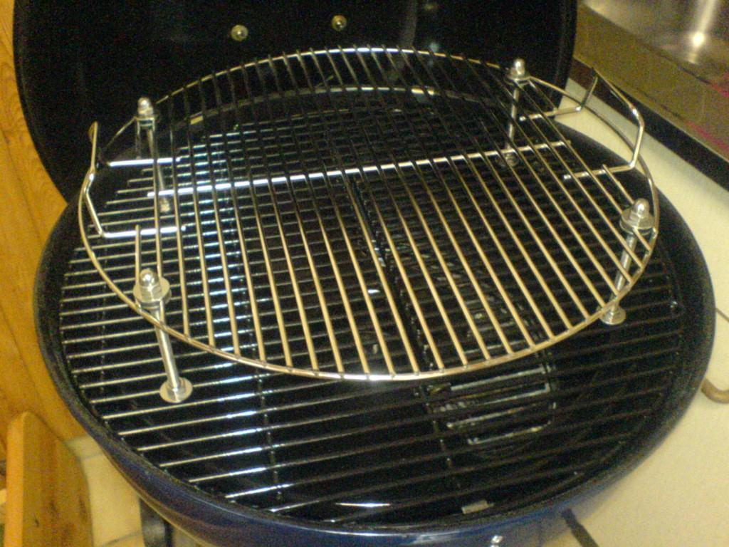 doppelst ckiger grillrost f r 57 er kugeln grillforum und bbq. Black Bedroom Furniture Sets. Home Design Ideas