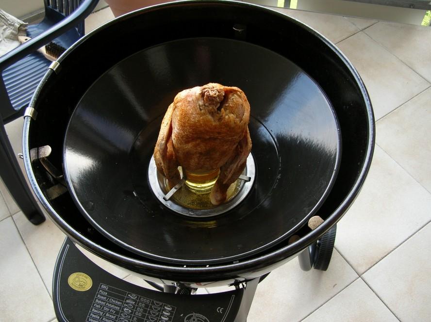 beer butt chicken und r ucherbox im porto 480 grillforum. Black Bedroom Furniture Sets. Home Design Ideas