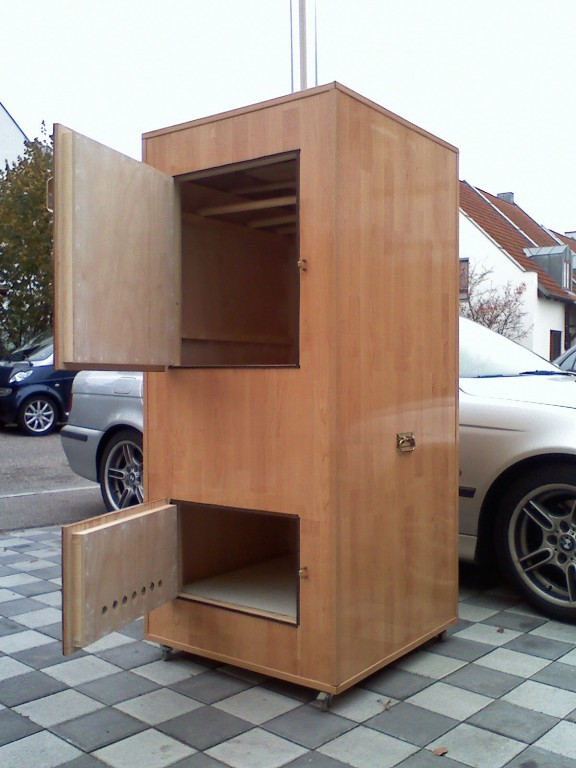 mein holzr ucherschrank grillforum und bbq www. Black Bedroom Furniture Sets. Home Design Ideas