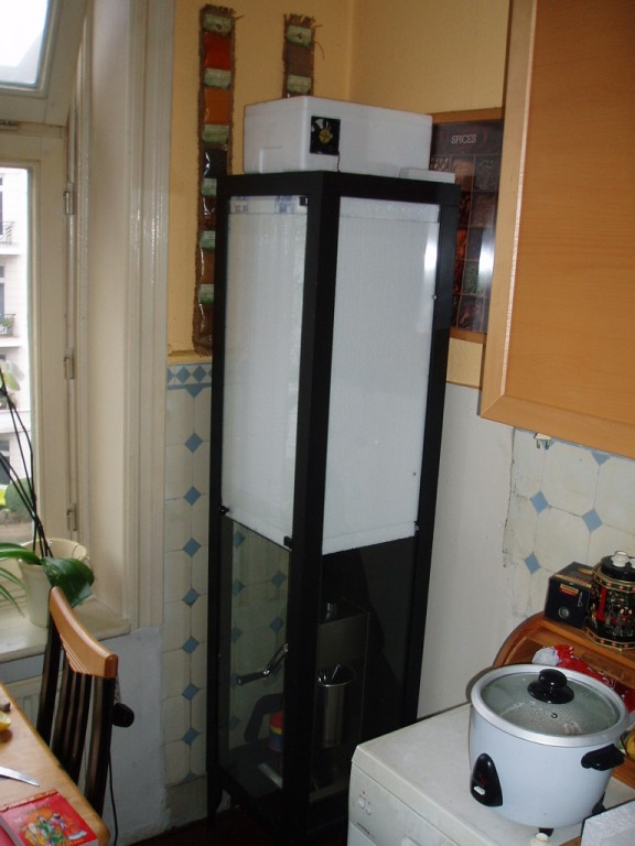 trockenschrank selber bauen die ber lebens k nstlerin improvisierter sonnen energie kr uter. Black Bedroom Furniture Sets. Home Design Ideas