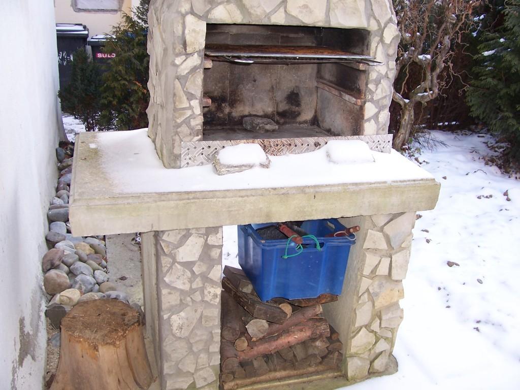 frage zu schamottplatten innen grillforum und bbq www. Black Bedroom Furniture Sets. Home Design Ideas