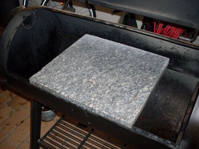im smoker pizzastein vs pizzablech pan seite 2 grillforum und bbq. Black Bedroom Furniture Sets. Home Design Ideas