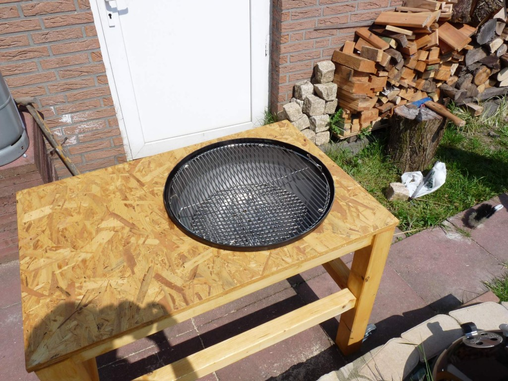 selbstbau kugelgrill auf basis weber 57 otg grillforum. Black Bedroom Furniture Sets. Home Design Ideas