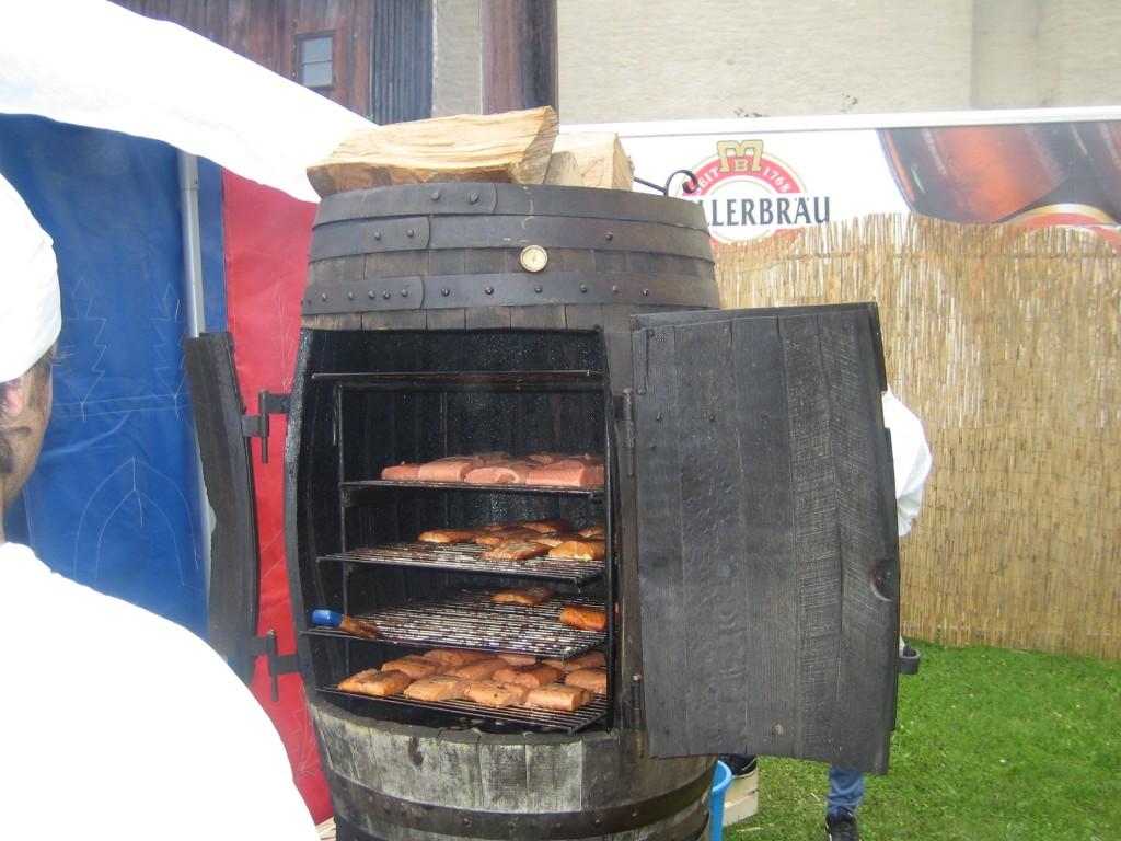 fa smoker aufm burgfest in burghausen grillforum und. Black Bedroom Furniture Sets. Home Design Ideas
