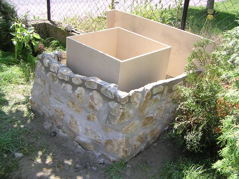 Grill Selber Bauen Kosten : Dann aus Sperrholzplatten 65 x 65 cm eine Schalung bauen, auch f?r